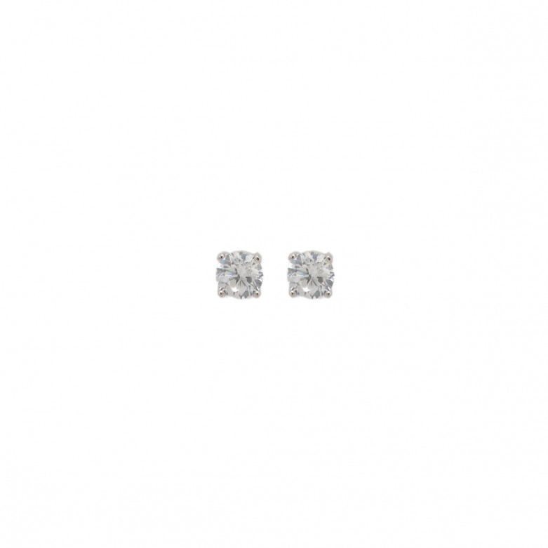 Sterling silver 925°. Solitaire white cubic zirconia 5mm