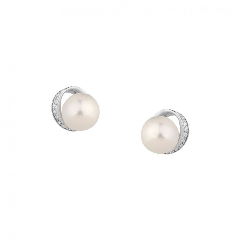 Sterling silver 925°. Pearl and CZ stud earrings