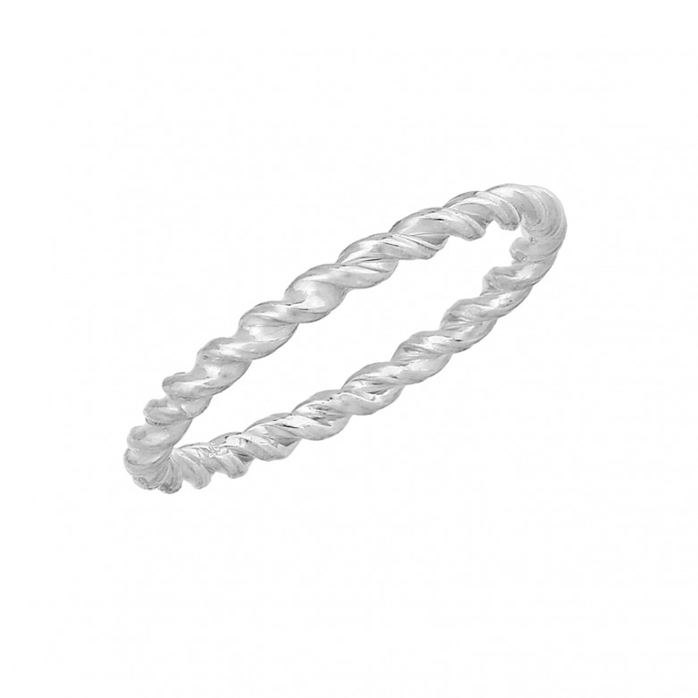 Sterling silver 925°. Twisted band