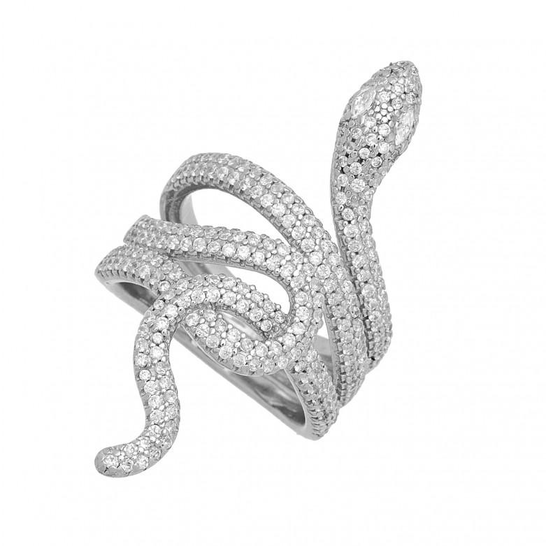 Δαχτυλίδι σχέδιο κόμπος snake με λευκές πέτρες ζιργκόν από επιπλατινωμένο ασήμι 925.
